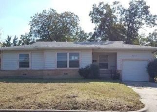 Foreclosed Home in Fort Worth 76112 PURINGTON AVE - Property ID: 4324242692