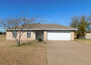 Foreclosed Home in Waco 76705 BELLCREST ST - Property ID: 4324258452
