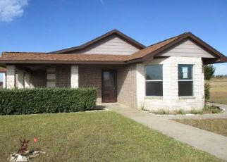 Foreclosed Home in Dodd City 75438 COUNTY ROAD 2925 - Property ID: 4324270274