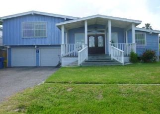 Foreclosed Home in Rockport 78382 NASSAU DR - Property ID: 4324277283