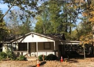 Foreclosed Home in Hooks 75561 W NEW BOSTON RD - Property ID: 4324290876