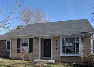 Foreclosed Home in Clarksville 37042 TIMBERLINE WAY - Property ID: 4324301372