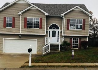 Foreclosed Home in Clarksville 37042 BROAD CIR - Property ID: 4324315842