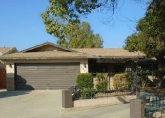 Foreclosed Home in Tulare 93274 E REDWOOD CT - Property ID: 4324491452