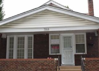 Foreclosed Home in Saint Louis 63130 SHAFTESBURY AVE - Property ID: 4324526492
