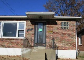Foreclosed Home in Saint Louis 63130 ETZEL AVE - Property ID: 4324538315
