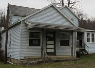 Foreclosed Home in Uniontown 15401 WALNUT HILL RD - Property ID: 4324614981