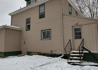 Foreclosed Home in Pulaski 16143 HILLSVILLE RD - Property ID: 4324667528