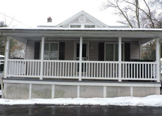 Foreclosed Home in Mountain Top 18707 VANDERMARK AVE - Property ID: 4324671465
