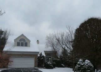 Foreclosed Home in Bridgeville 15017 LAKEVIEW DR - Property ID: 4324714383