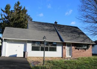 Foreclosed Home in Levittown 19056 JOLLYBROOK RD - Property ID: 4324727976