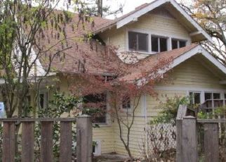 Foreclosed Home in Roseburg 97470 SE CLAIRE ST - Property ID: 4324742863