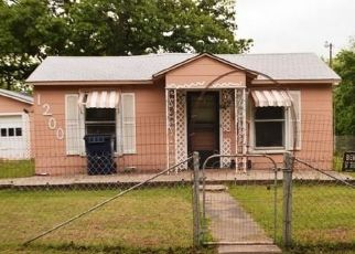 Foreclosed Home in Seminole 74868 JEFFERSON ST - Property ID: 4324790143