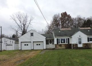 Foreclosed Home in Berlin Center 44401 SE RIVER RD - Property ID: 4324813365