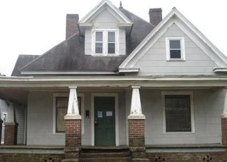 Foreclosed Home in Salisbury 28144 N MAIN ST - Property ID: 4324911923