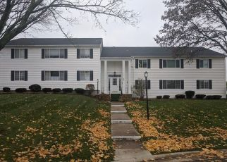 Foreclosed Home in Pittsford 14534 COLONIAL PKWY - Property ID: 4324926367