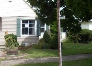Foreclosed Home in Buffalo 14225 CHEROKEE DR - Property ID: 4324944769