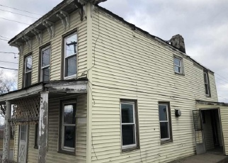 Foreclosed Home in Hudson 12534 COLUMBIA ST - Property ID: 4324952646