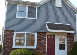 Foreclosed Home in Branford 06405 E MAIN ST - Property ID: 4325005640