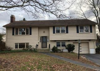 Foreclosed Home in East Hartford 06118 WILDFLOWER RD - Property ID: 4325025342
