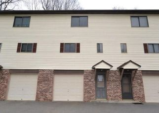 Foreclosed Home in New Haven 06513 THOMPSON ST - Property ID: 4325066513