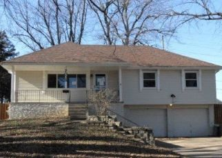 Foreclosed Home in La Vista 68128 PINE DR - Property ID: 4325075718