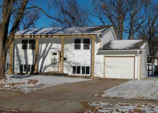 Foreclosed Home in Omaha 68104 CAMDEN AVE - Property ID: 4325076596