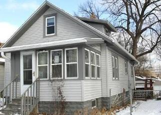 Foreclosed Home in South Saint Paul 55075 11TH AVE S - Property ID: 4325170311