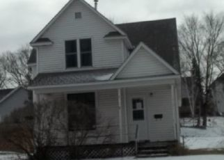 Foreclosed Home in Fergus Falls 56537 E VERNON AVE - Property ID: 4325178643