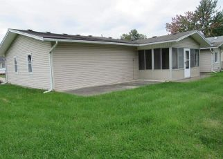 Foreclosed Home in Clinton Township 48035 NICKE ST - Property ID: 4325186973