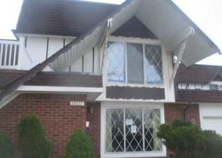 Foreclosed Home in Warren 48093 BARCLAY SQ - Property ID: 4325207550