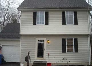 Foreclosed Home in Canton 06019 SPOONWOOD DR - Property ID: 4325277175