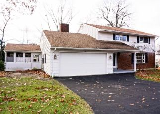Foreclosed Home in Torrington 06790 ARBOR DR - Property ID: 4325301266