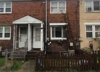 Foreclosed Home in Mc Kees Rocks 15136 VALLEY RD - Property ID: 4325308718