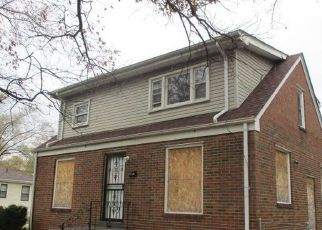 Foreclosed Home in Gary 46406 W 7TH AVE - Property ID: 4325387556