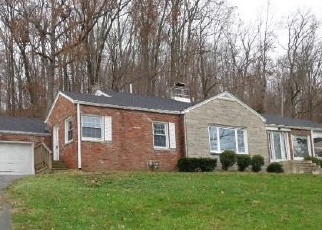 Foreclosed Home in New Albany 47150 VALLEY VIEW RD - Property ID: 4325401116