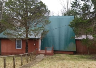 Foreclosed Home in Bedford 40006 DOE RIDGE RD - Property ID: 4325402440