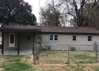 Foreclosed Home in Chanute 66720 S ASHBY AVE - Property ID: 4325423915