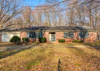 Foreclosed Home in Carmel 46033 HOSTER RD - Property ID: 4325474717