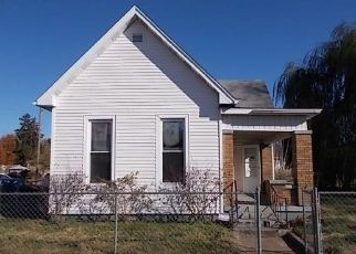 Foreclosed Home in Terre Haute 47807 N 13TH ST - Property ID: 4325478205