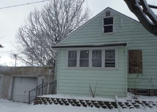 Foreclosed Home in West Chicago 60185 ANN ST - Property ID: 4325516760