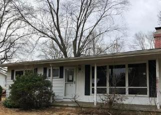 Foreclosed Home in Murphysboro 62966 CANDY LN - Property ID: 4325528585