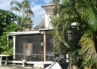 Foreclosed Home in Port Saint Lucie 34983 SE DAMASK AVE - Property ID: 4325597340
