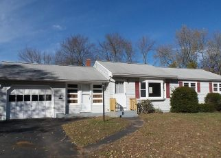 Foreclosed Home in Enfield 06082 SUN ST - Property ID: 4325797492