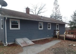 Foreclosed Home in Oxford 01540 BURBANK ST - Property ID: 4325825978