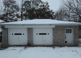 Foreclosed Home in Youngstown 44509 MOHERMAN AVE - Property ID: 4325952541