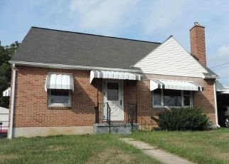 Foreclosed Home in York 17402 11TH AVE - Property ID: 4325953865