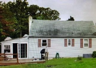 Foreclosed Home in Grenloch 08032 LAKE AVE - Property ID: 4325976631