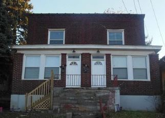 Foreclosed Home in Pittsburgh 15227 MERRITT AVE - Property ID: 4325987127