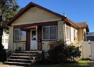 Foreclosed Home in Avenel 07001 LIVINGSTON AVE - Property ID: 4326037957
